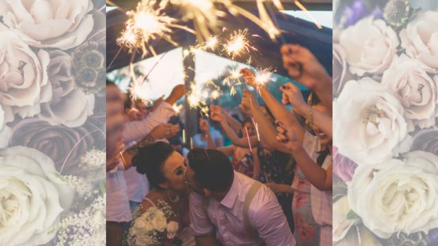 婚約パーティーは友人・知人に囲まれたアットホームな雰囲気で