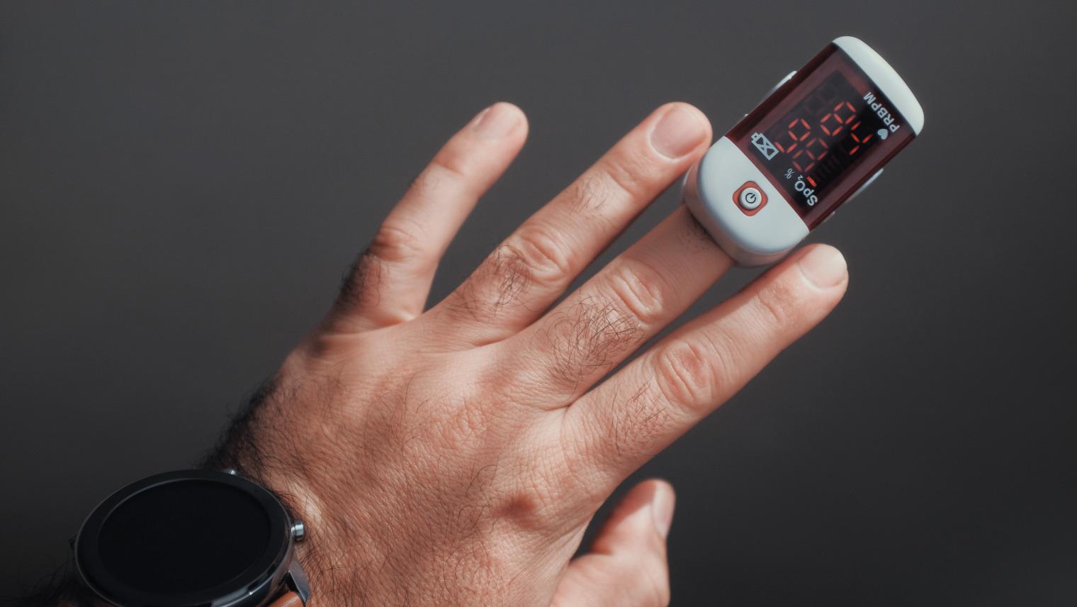 pulse oximeter2145